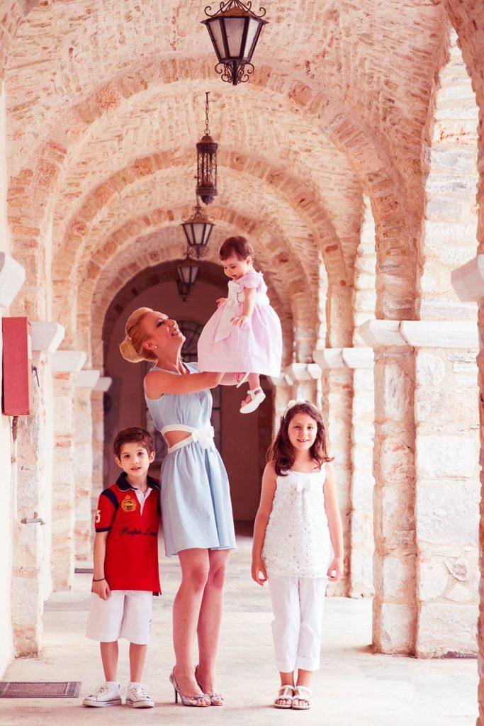 18 Photovaptisis Moni Pentelis Foto Vaptisi Morou Koritsi Nona Fotografos Vaptisi Penteli Voreia Proastia