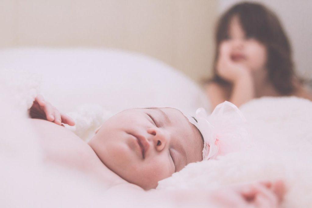 28 Foto Neogennito Moro φωτογραφιση μωρου μαιευτηριο φωτογραφος νεογεννητου μωρο οικογενεια παιδια