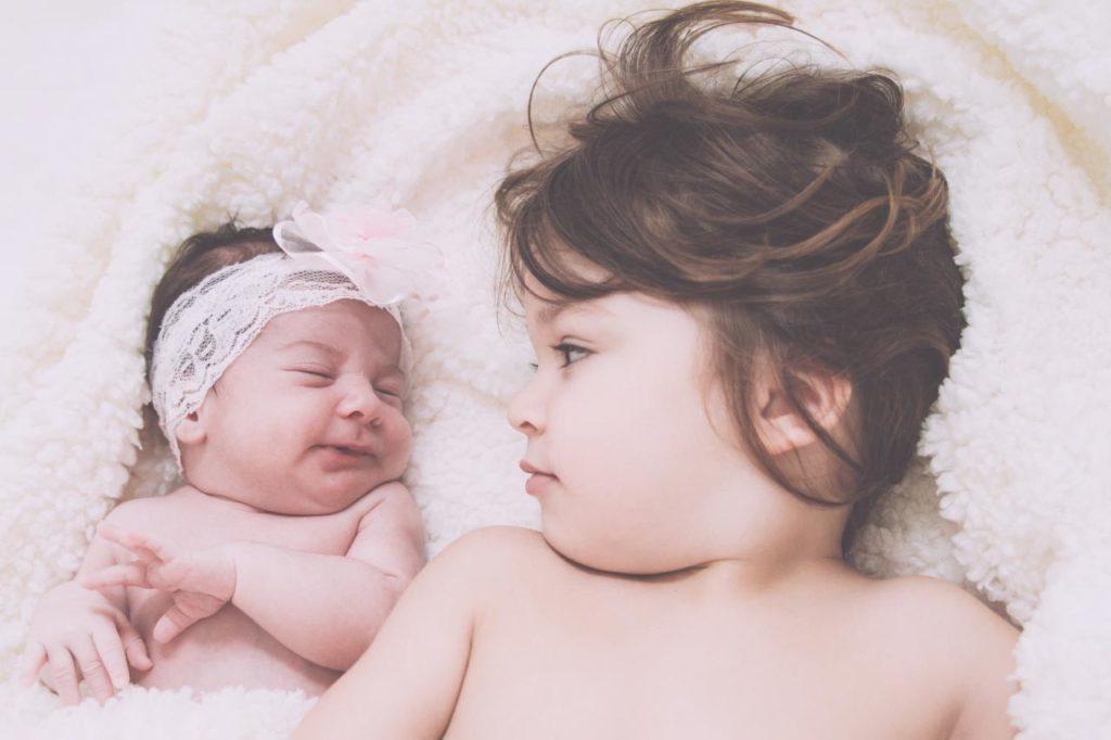 29 Foto Neogennito Moro φωτογραφιση μωρου μαιευτηριο φωτογραφος νεογεννητου μωρο οικογενεια παιδια