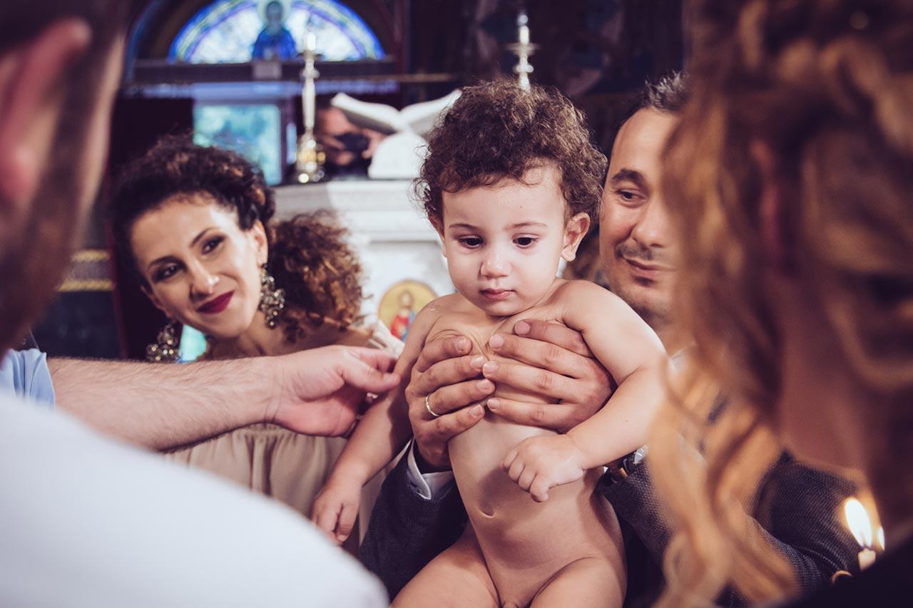 photovaptisis fotografos vaptisis agios konstantinos glifada Φωτογράφιση Βάπτισης στη Γλυφάδα greekbaptism family 35