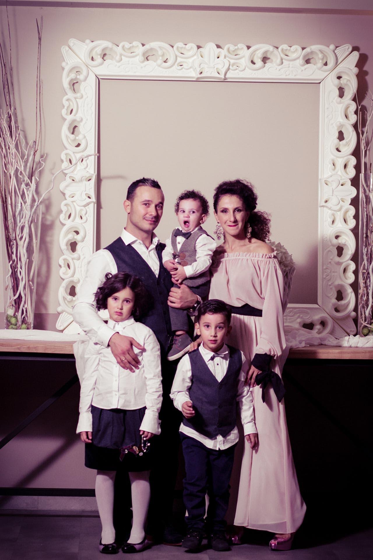 photovaptisis fotografos vaptisis agios konstantinos glifada Φωτογράφιση Βάπτισης στη Γλυφάδα greekbaptism family 70