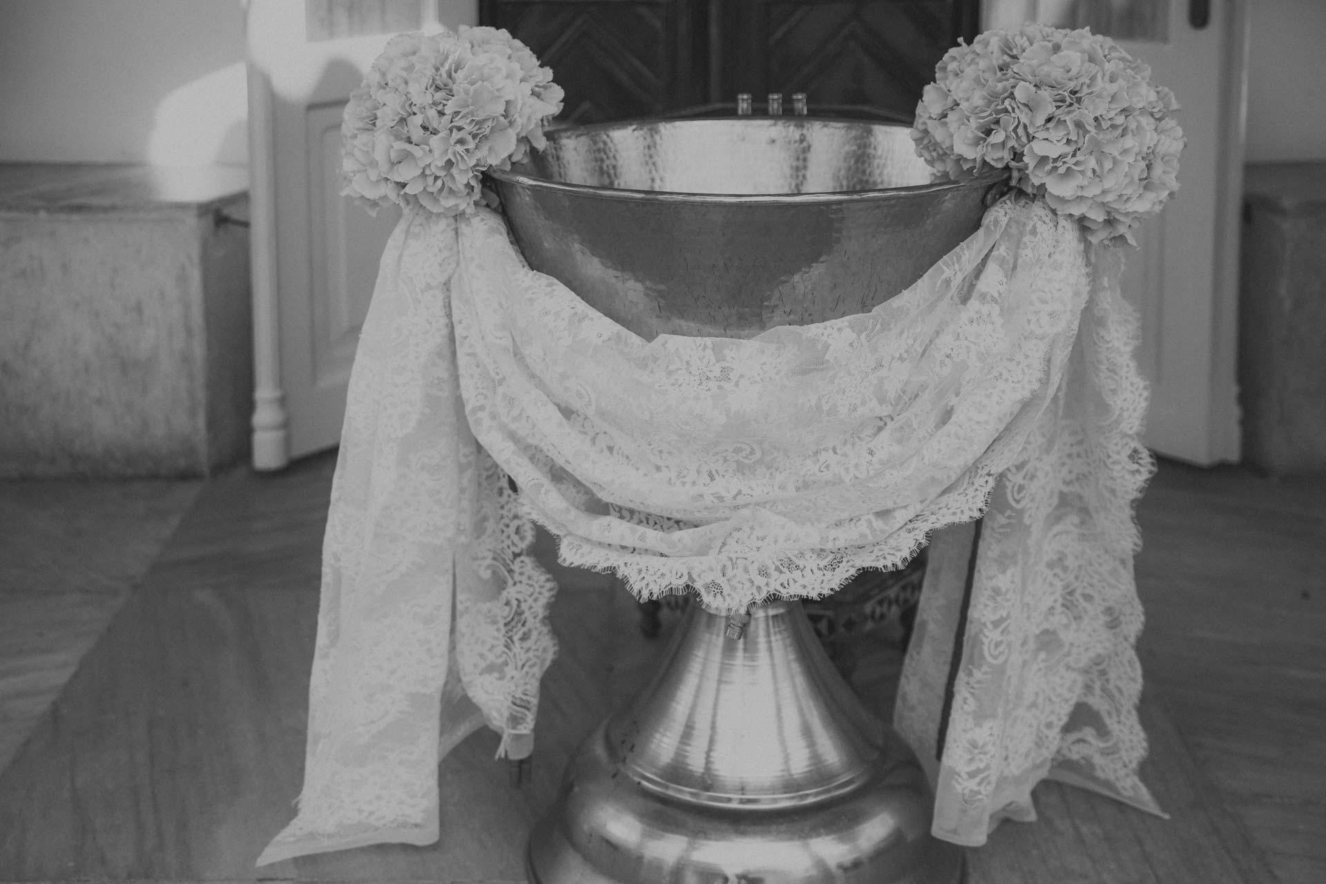 012 PhotoVaptisis βαπτιση σπετσεσ φωτογραφοσ vaptisi koritsi agios nikolaos spestes island photographer bw